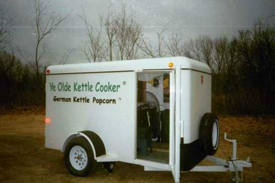 Ye Olde Kettle Cooker - Trailer Package showing side door access