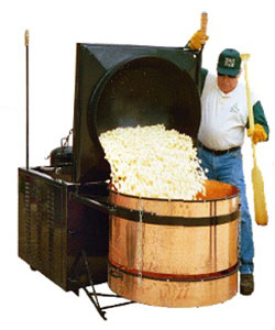 kettle_cooker_dumping_corn_400x400